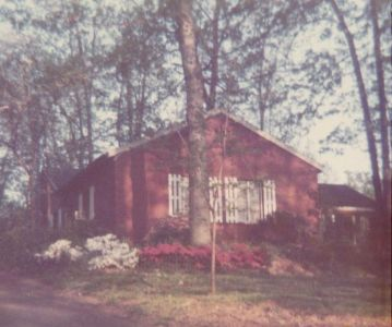 927 Mackall 1972 cropped
